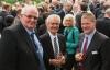 v.l.n.r.: Heinrich Krieger (Geschäftsführer der EG im OM); Harald Lesch (Abteilungsleiter Genossenschaftsverband Weser-Ems); Jürgen Hindriks (Raiffeisen-Warengenossenschaft Veldhausen eG)