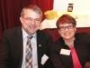 Achim Schmitz (Erzeugergemeinschaft für Qualitätsvieh Hümmling eG) und Birgit Buth (DRV)