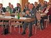 Manfred Nüssel beteilgt sich an der Podiumsdiskussion