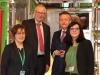 Der Vorstandsvorsitzende der BayWa AG Prof. Klaus Josef Lutz (Dritter von rechts) betrat als einer der Ersten den Tiertransporter